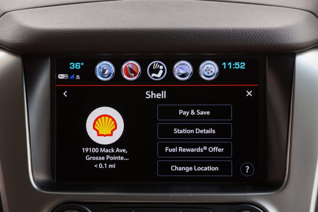 Chevrolet and Shell let you pay for gas from inside the car – The